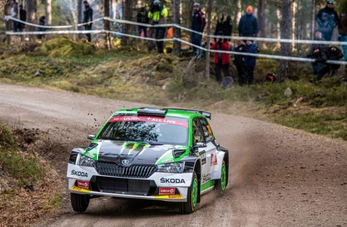 image 1 18 696x457 - Rallye Italien Sardinien: SKODA Privatfahrer kämpfen in WRC2 und WRC3 um Siege