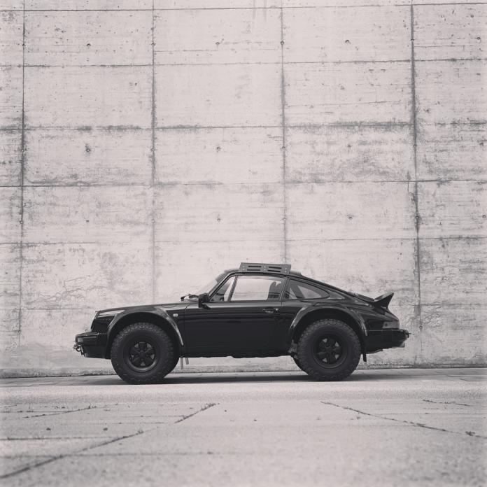 400485 696x696 - Porsche 911 Syberia RS: Egal ob Kiesgrube oder Vernissage