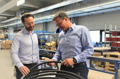 rauh - RAUH Hydraulik wird STAUFF Systempartner