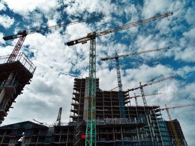 k1600pexels sevenstorm juhaszimrus 439416 1600 276kb - Hohe Rohstoffpreise in der Baubranche: So handeln Sie richtig!