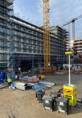 21 09 auffallende optik - Schutz für Deutschlands größtes Holz-Hybrid-Bauwerk