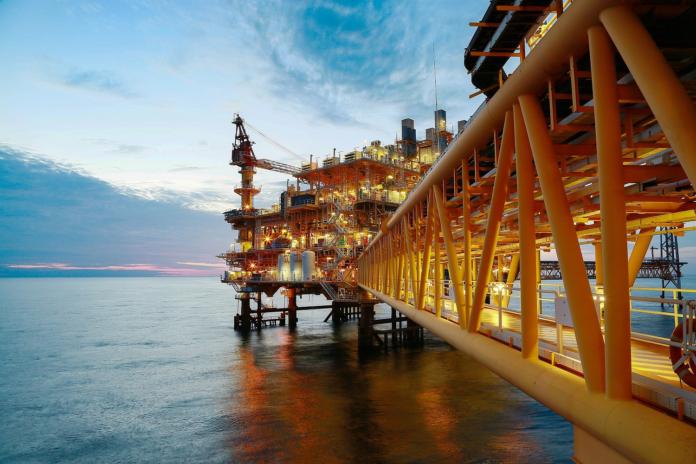 407678 696x464 - Neue Umfrage von Protolabs im Öl- und Gassektor zeigt ein klares Umdenken hin zur Energiewende und für stärkeren Umweltschutz