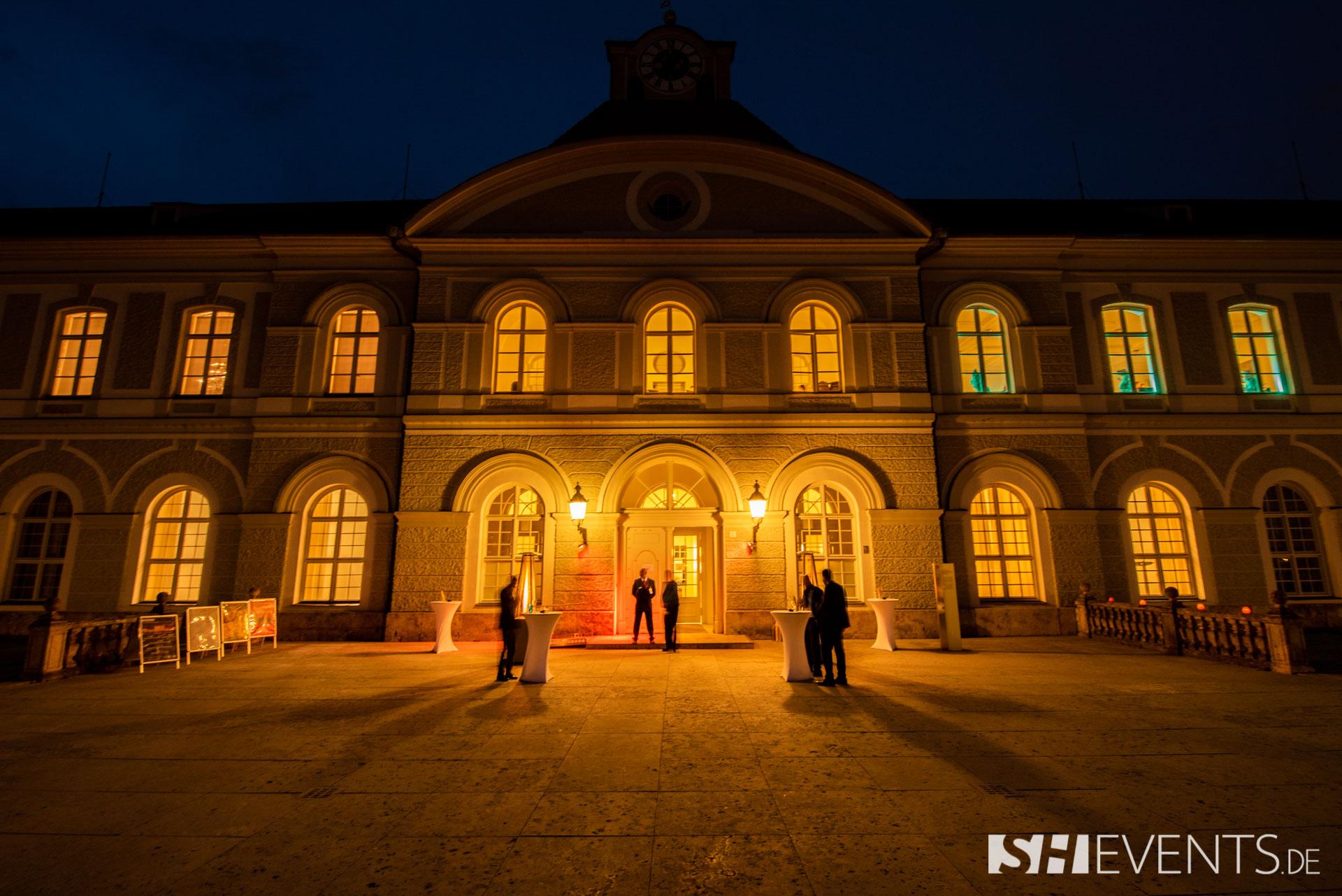 best pictures schlossevent sh events 21 - Hütte, Schloss oder Weinkeller: Ihre unvergessliche Weihnachtsfeier in einer unserer Top-Eventlocations