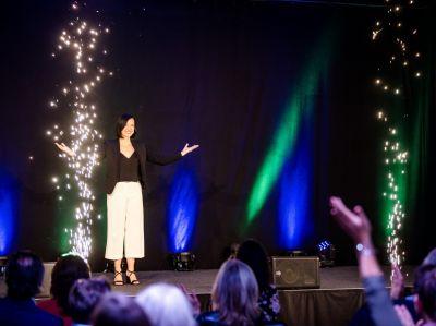 bild 37 - Germany's next Top Speaker im Battle: Karriereexpertin brilliert und holt sich den Excellence Award